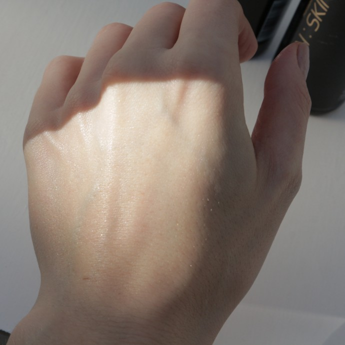A fine glow and shimmer effect after I've applied Moisturising Shimmer to the back of my hand.