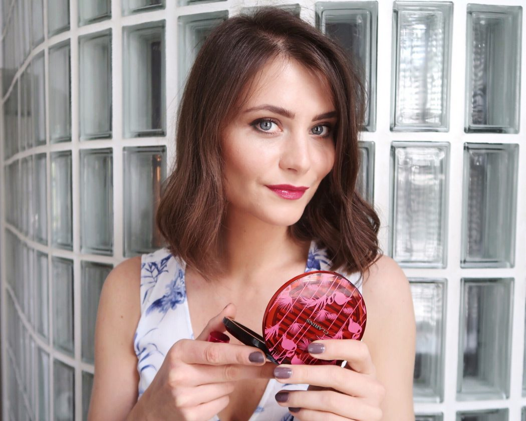 Ewa Social Beautify in Clarins summer 2-18